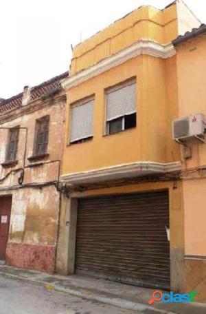 Casa de 460 m2 con garaje en Aldaia