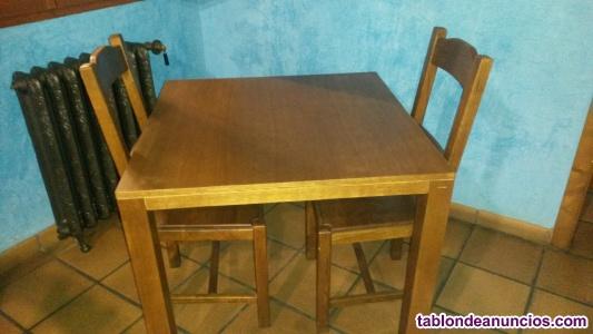 Conjunto de mesa 90 x 90 y 4 sillas roble macizo