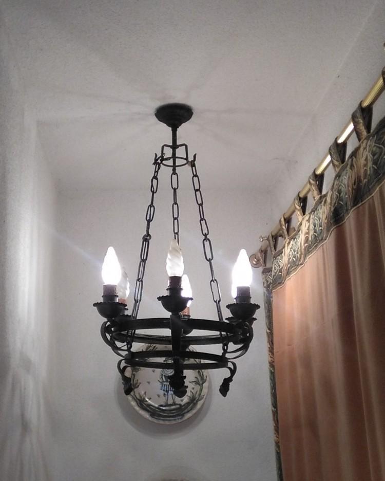LAMPARA DE FORJA Y APLIQUES