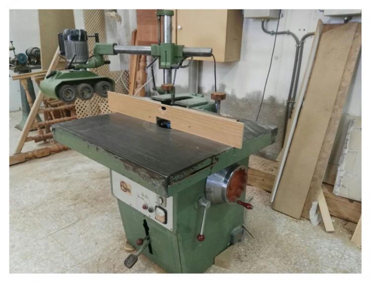 Vendo lote maquinaria de carpintería