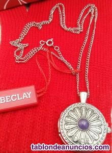 Vendo reloj/medallón con cadena para colgar del cuello
