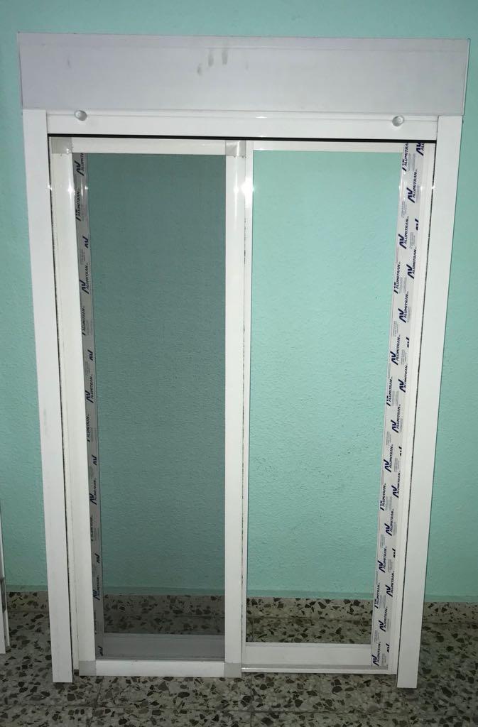 Venta puerta y ventana aluminio.