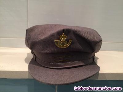 Antigua gorra de cartero