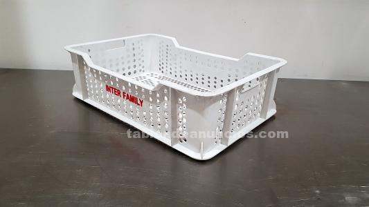 Cajas de plástico blancas pequeñas rejilla
