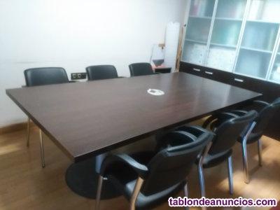 Se vende mesa de despacho y sillas