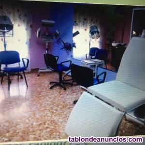 Se vende mobiliario de peluqueria y estetica