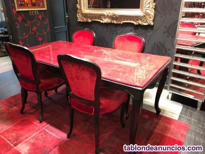 Silla roble estilo barroco tapizada en rojo
