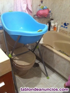 Bañera de bebé con soporte plegable
