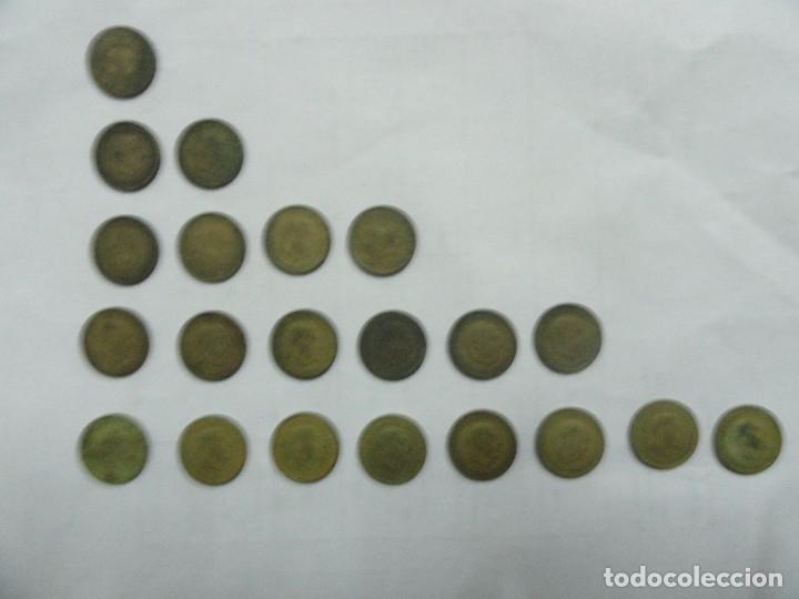 Lote de Monedas de Franco de 1 pta de