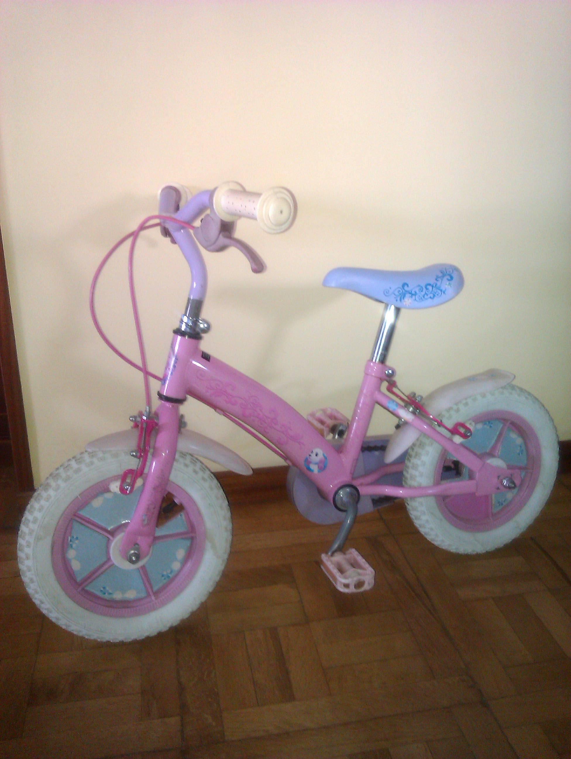 Bicicleta de niña pequeña. Madrid - Madrid