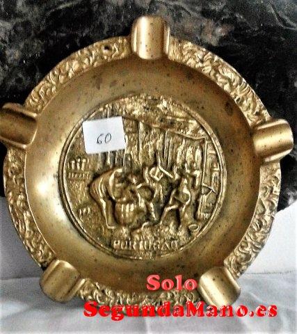 Cenicero fundido en bronce mediano (60a)