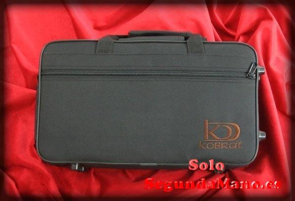 Clarinete Kobrat CL-1 SIb nuevo a estrenar con estuche, hech