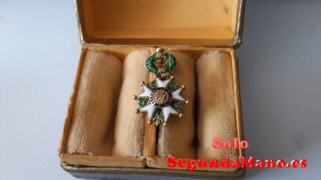 Medalla Oro y Esmalte  Legion de Honor III Republica Fra