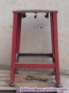 Mesa de chapa de acero 92cm