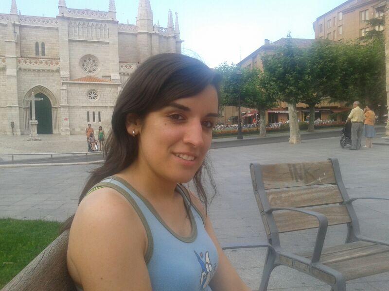 SE OFRECE CHICA PARA CUIDAR NIÑOS Y LIMPIEZA - Valladolid