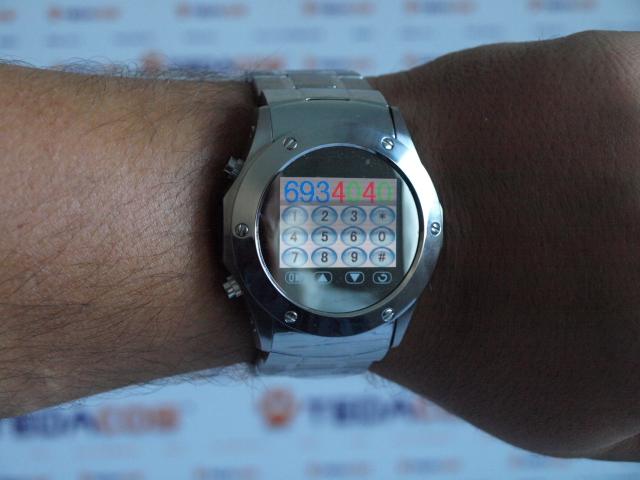 Teléfono Móvil en Reloj de Pulsera Acero, Libre Operador -