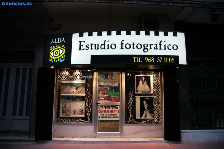 VENDO TIENDA-ESTUDIO DE FOTOGRAFÍA
