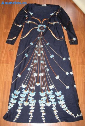Vestido Largo En Azul Con Flores