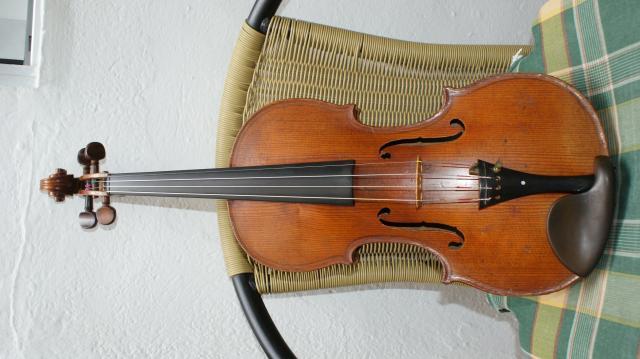 Violin antiguo de mas de 100 años