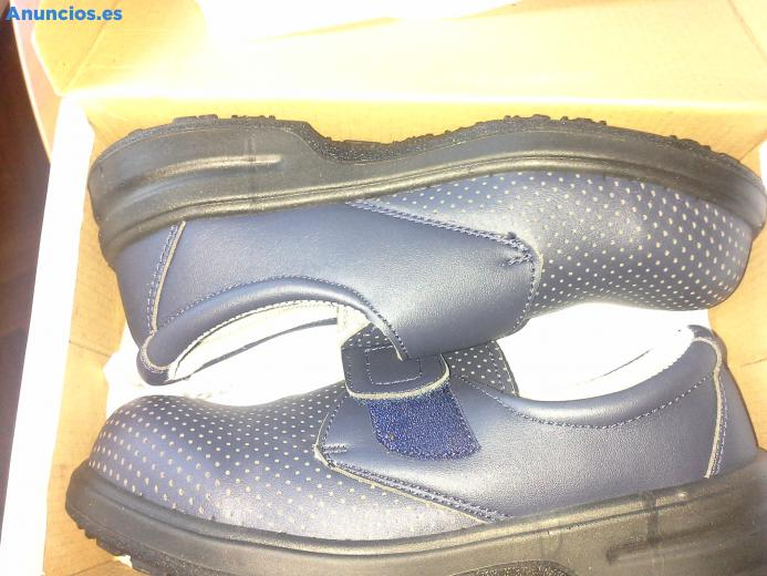 Zueco De Velcro SKARPPA Azul Marino Talla 39