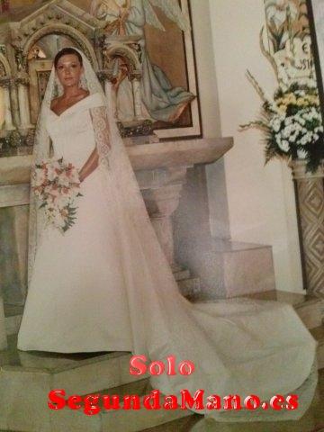 vendo vestido de novia largo,blanco roto,talla 38