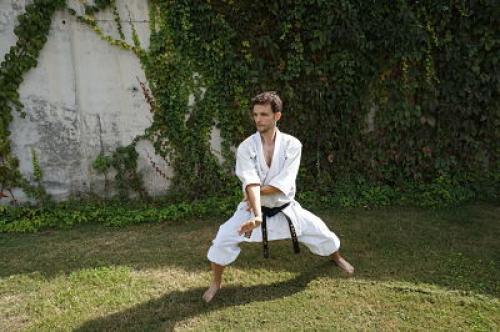 Entrenador de Artes Marciales y Defensa Personal
