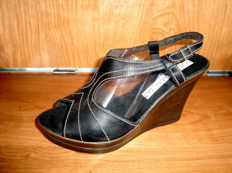Sandalia de piel cuña negra alta nueva talla 41