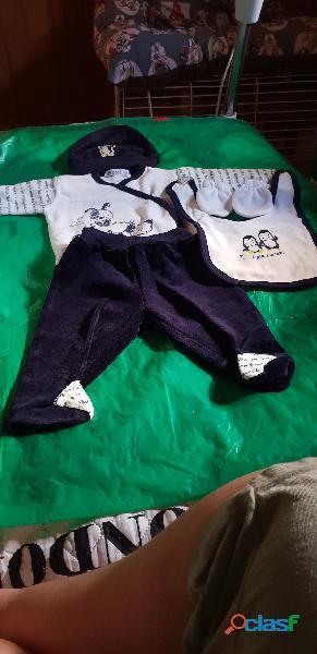 vendo ropa de bebe .