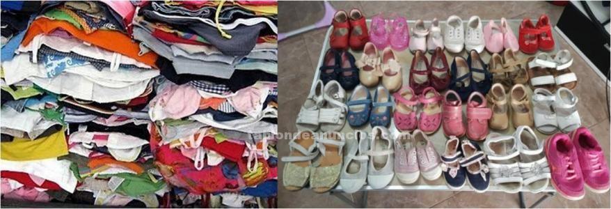 Se vende ropa y calzado de niña