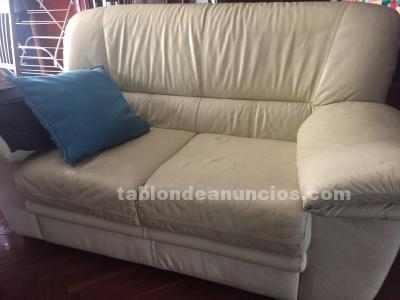 Vendo dos sofas de polipiel 60€
