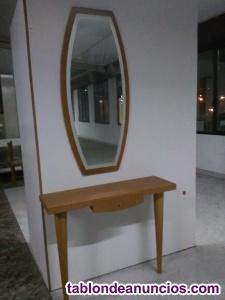 Vendo mesa y espejo de recibidor.
