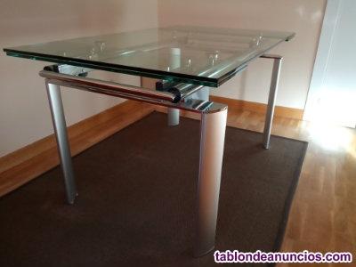 Se vende mesa de cristal y metal