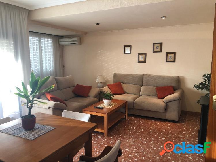 Amplio piso a la venta en Ontinyent