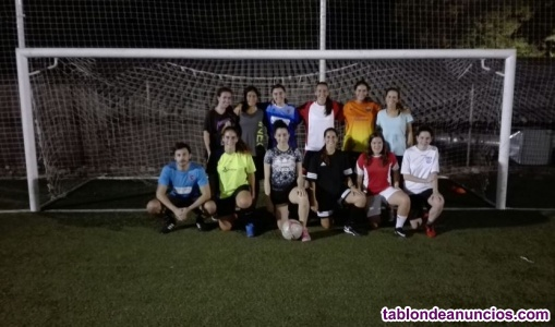 Fútbol femenino en boadilla (15 años en adelante)