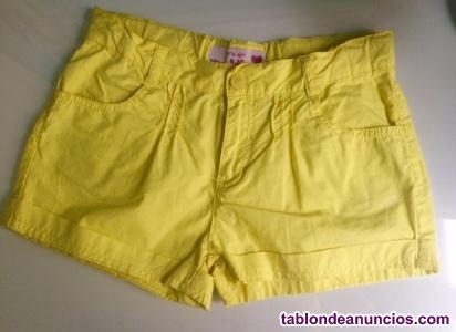Pantalón corto amarillo