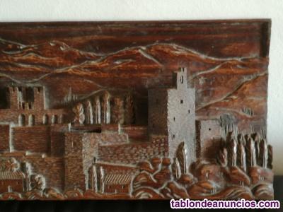 Retablo tallado a mano de la alhambra