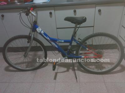 Se vende bicicleta de niño/a