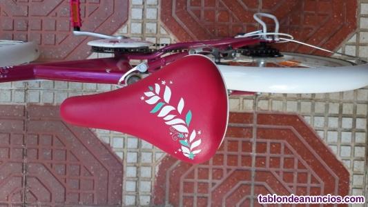 "Vendo bicicleta btwin niña 20"" mistigirl 500"