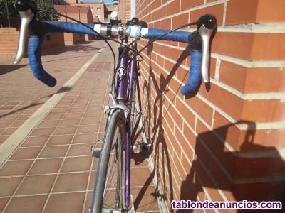 Vendo bicicleta de carretera