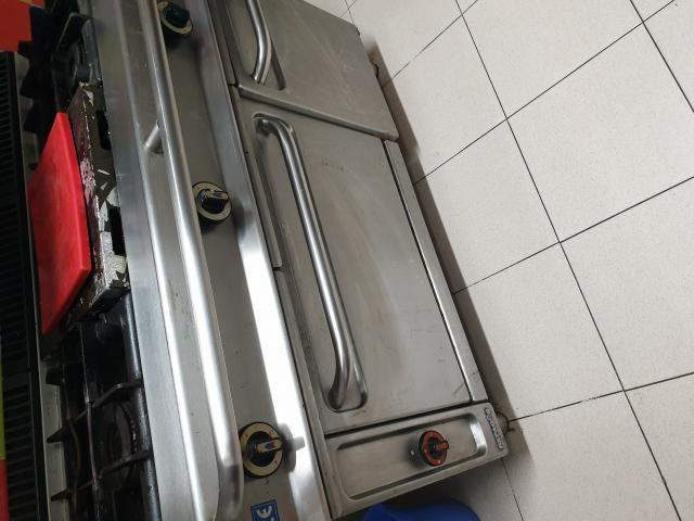 Se vende cocina industrial de gas o propano