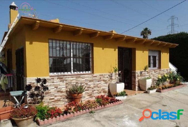 2 Casas independientes en una misma parcela de 5000 m2 con