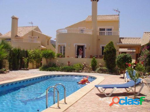 3 BEDROOM DETACHED VILLA IN PLAYA HONDA, MURCIA.