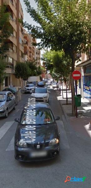 ALARCON VENDE PISO DUPLEX EN EL CENTRO