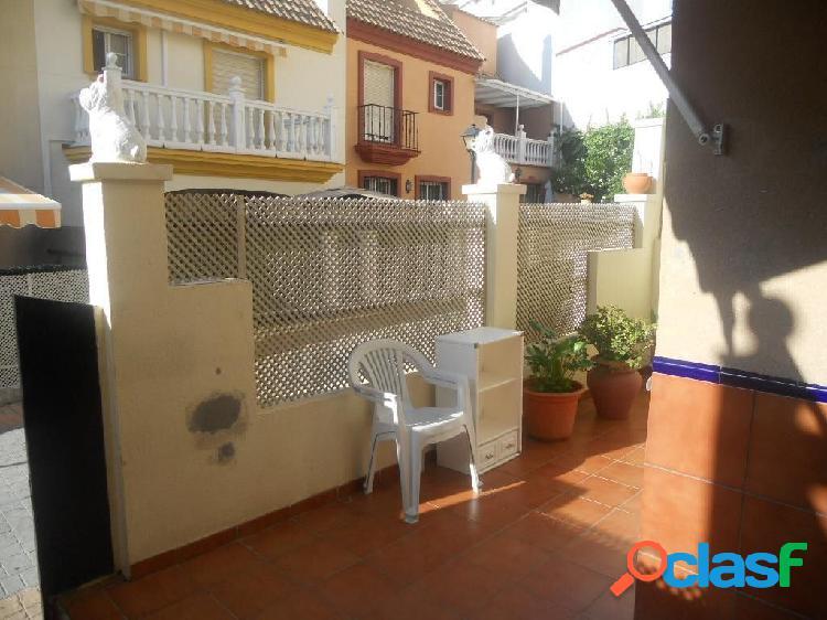 Adosados en Mijas costa de 3 dormitorios, 2 baños y 1 aseo.
