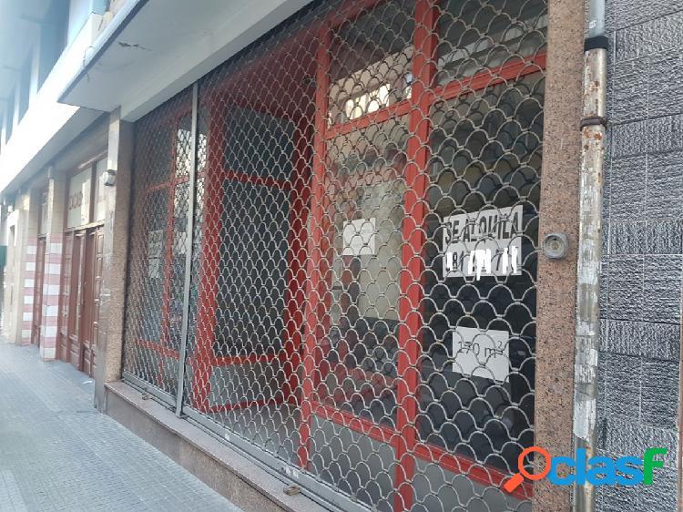 Alquiler de bajo comercial en Coruña, Calle Andrés Gaos