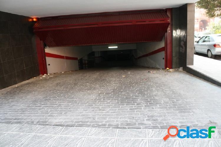 Alquiler de plazas de garaje en el centro de Orihuela. Zona