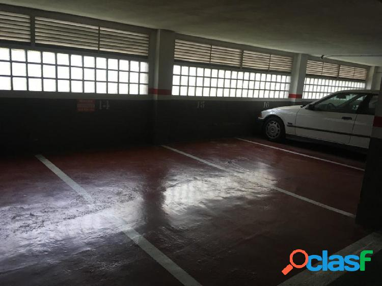 Alquilo plaza de garaje edificio Ferrobus