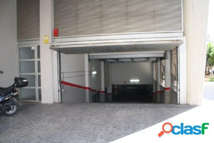 Amplia plaza de garaje en Orihuela. Zona Puente del Rey.