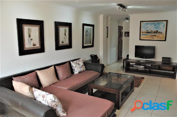 Amplio piso en Arguineguín situado en zona céntrica en