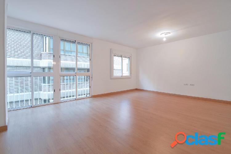 Amplio piso en alquiler en el centro